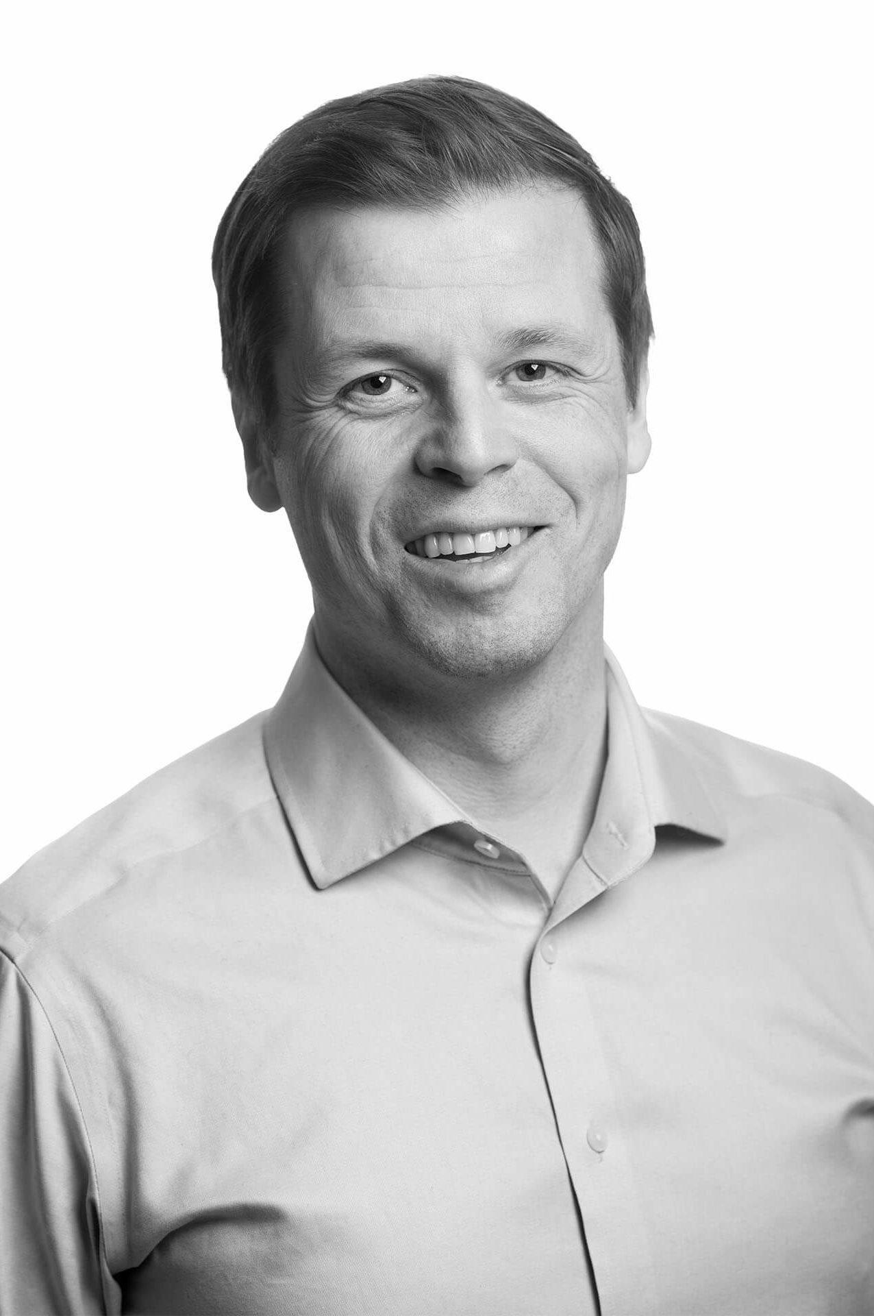 Jonas Sandlin, koulutuspäällikkö, Kip Service