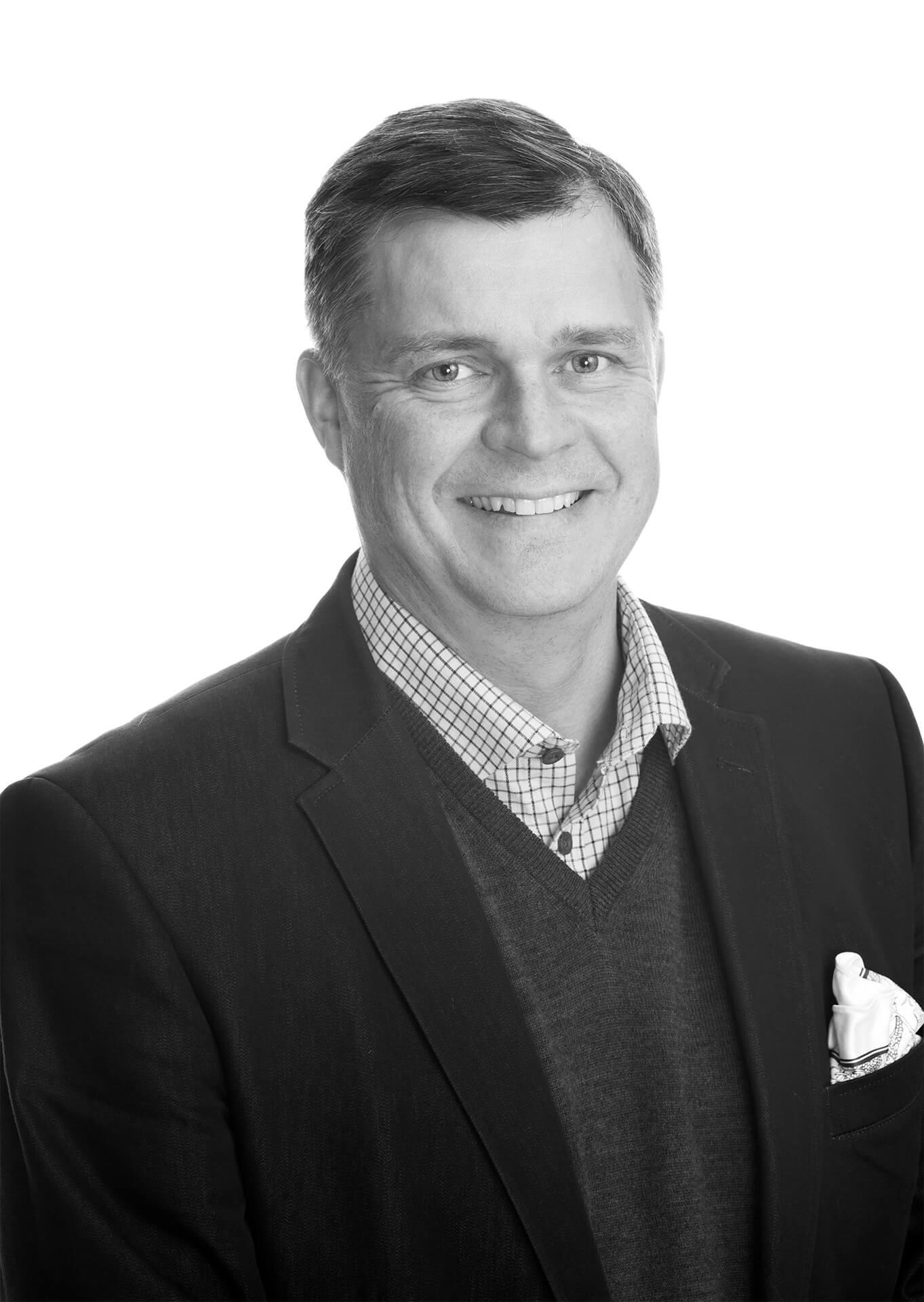 Olli-Pekka Airiola, toimitusjohtaja, Kip Service